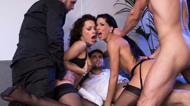 Nikita & Alexa prises en sodomie par 3 inconnus